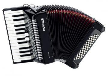 Hohner Bravo II Accordion