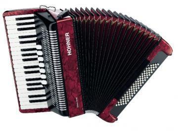 Hohner Bravo III Accordion