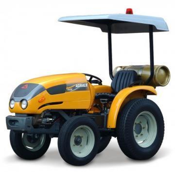 Agrale 4100 GLP towing tractor