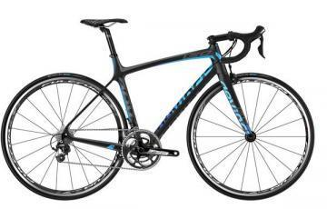 Devinci LEO 3 road bike