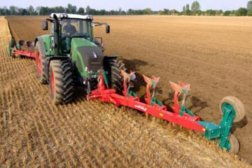 Kverneland ED-FR front mounted reversible plough