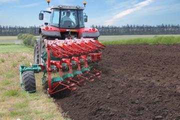 Kverneland ED mounted reversible plough