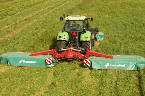 Kverneland Taarup 5087 M rear mounted disc mower