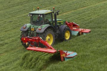 Kverneland Taarup 3132 MT rear mounted disc mower conditioner