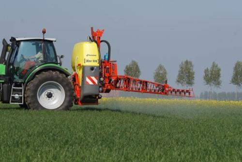 Kverneland iXter mounted sprayer