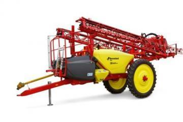 Kverneland iXtrack A trailed sprayer
