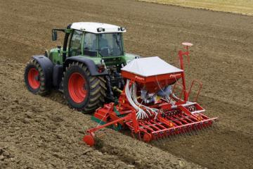 Kverneland Accord DA pneumatic seed drill