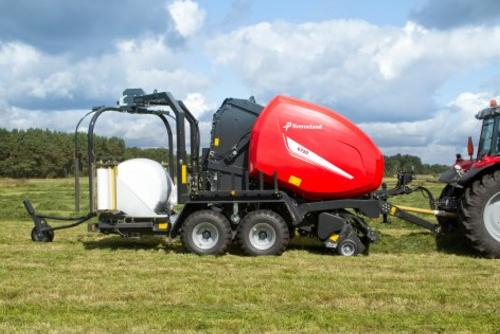 Kverneland 6516 FlexiWrap round baler with wrapper