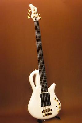 Mayones Caledonius 5 Classic bass
