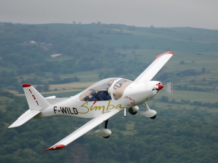 Issoire APM 40 SIMBA four-seat light aircraft