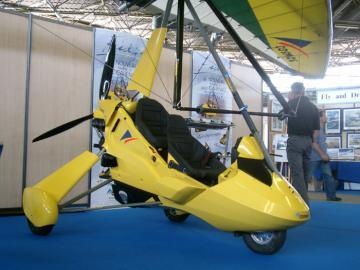 Cosmos ULM Phase III 912 ultralight trike