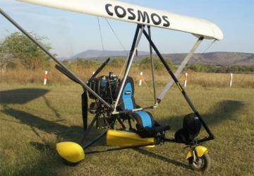 Cosmos ULM Phase II 582 ultralight trike