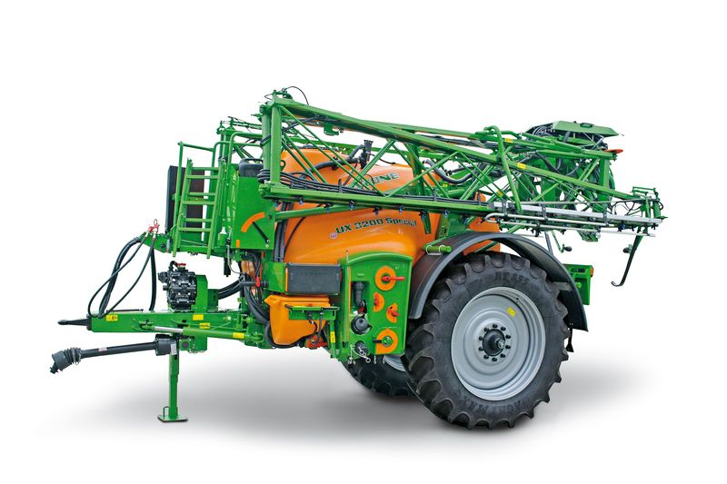 Amazone UX 3200 trailed crop protection sprayer