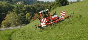 Fella TH 401 DS Alpine tedder