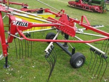 Fella TS 301 DN single-rotor rake