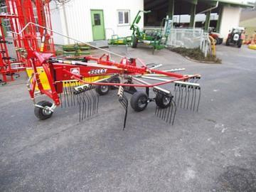 Fella TS 426 DN single-rotor rake
