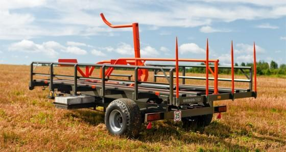 Ursus T-127 bale collector
