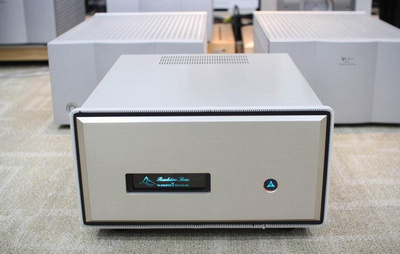 FM Acoustics FM 1811 Precision Power Amplifier