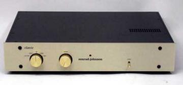 conrad-johnson Classic 2 Vacuum-Tube Preamplifier with Tube Phono Stage