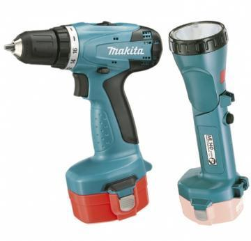 Makita 14.4V Drill driver and Torch Kit