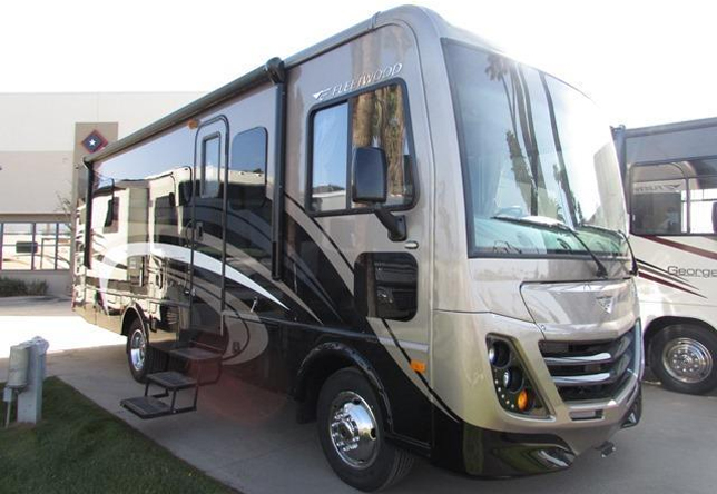 Fleetwood 2016 Flair Crossover motorhome