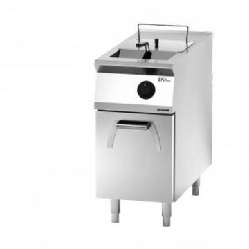 Giga EM Line 9 EM92FRE Electric fryer on cabinet with door