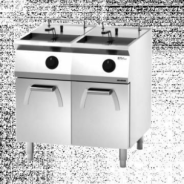 Giga EM Line 7 EM74FRE Electric fryer on cabinet with door
