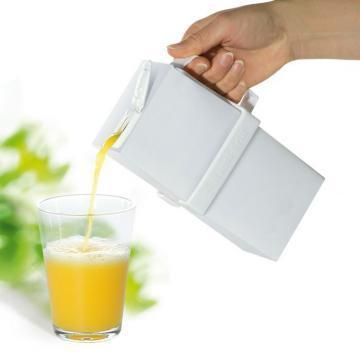 Brix HandiBrik carton holder
