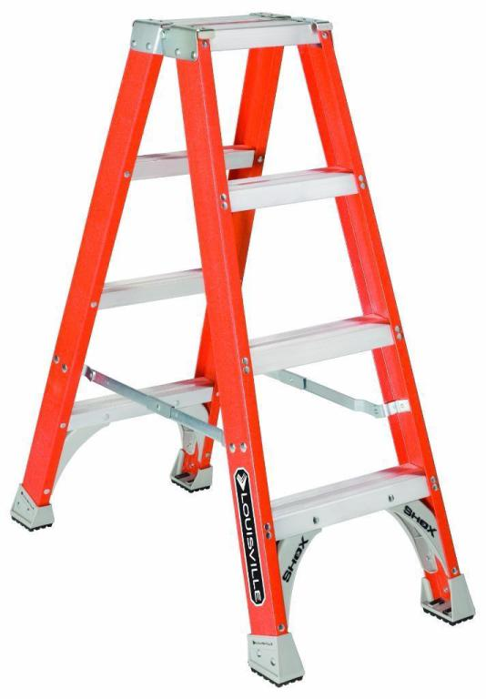 Louisville Type IA 4 ft Fiberglass Twin Front Step Ladder