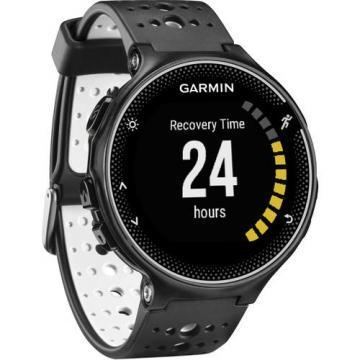 Garmin Forerunner 230 GPS Running Watch (Black and White)