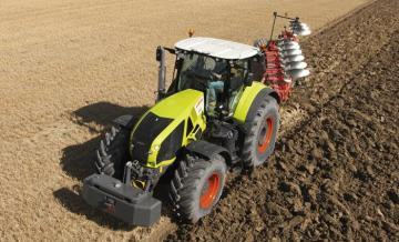 CLAAS Axion 920 Farm Tractor