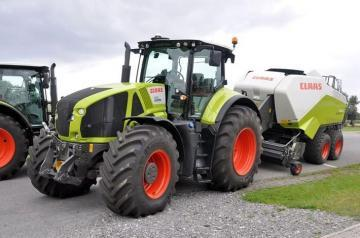 CLAAS Axion 930 Farm Tractor