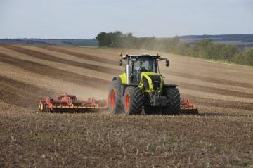 CLAAS Axion 940 Farm Tractor