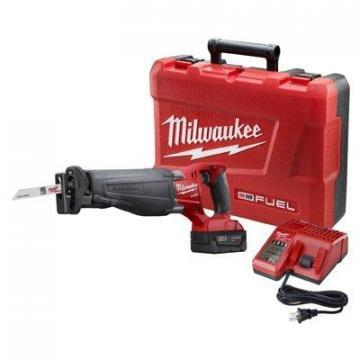 Milwaukee Tool Sawzall Reciprocating Saw Kit, 18V