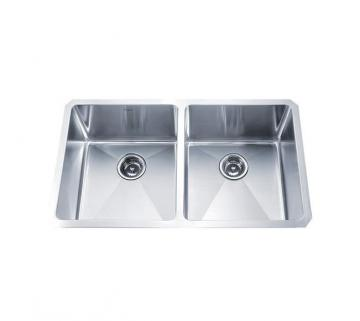 "Kraus 33"" Undermount 50/50 Double Bowl 16 gauge Stainless Steel Kitchen Sink"