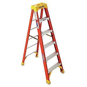 Werner 6 ft. 300 lb. Load Capacity Fiberglass Stepladder