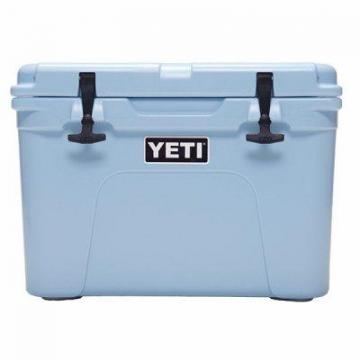 Yeti Tundra 35 Cooler, 20-Can Capacity, Blue