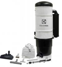 Electrolux ELX600 w/ Carpet Cleaning Set