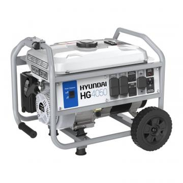 Hyundai 4,050 Watt Gas Powered Portable Generator With Wheel Kit