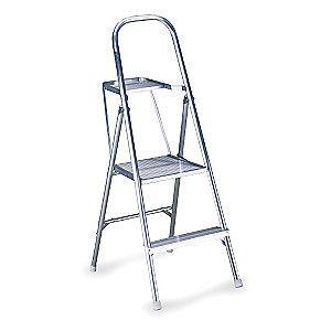"Werner Aluminum Platform Stepladder, 4 ft. 6"" Ladder Height, 1 ft. 10"" Platform Height, 200 lb."