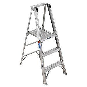 Werner Aluminum Platform Stepladder, 5 ft. Ladder Height, 3 ft. Platform Height, 300 lb.