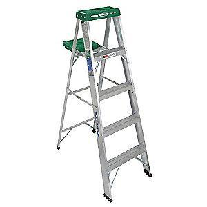 Werner 5 ft. 225 lb. Load Capacity Aluminum Stepladder